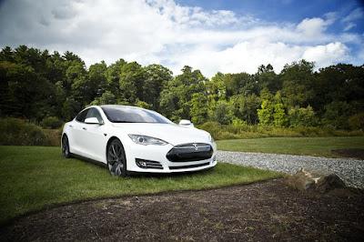 テスラ・モーターの電気自動車