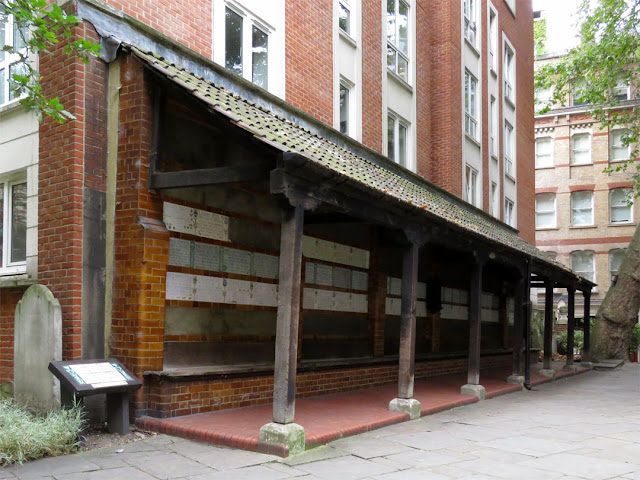 Memorial to Heroic Self Sacrifice, Postman's Park, City of London, London