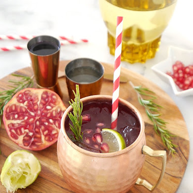 Party Recipe - Pomegranate Moscow Mule Cocktail