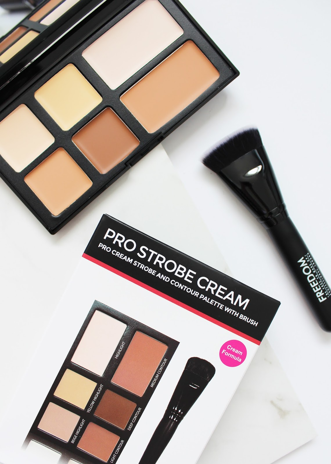 FREEDOM MAKEUP LONDON | Pro Strobe Cream Contour Palette - Review + Swatches - CassandraMyee
