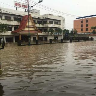 Beberapa Titik Kota Pekanbaru Terandam Banjir