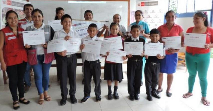 QALI WARMA: Programa social premia a escolares del poblado La Esperanza de Jaen como ganadores del concurso de canto - www.qaliwarma.gob.pe