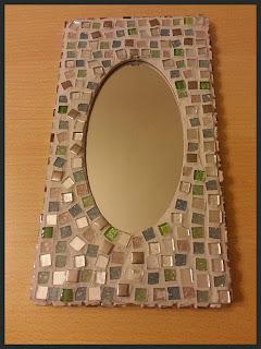 miroir-gris-mosaique-vert