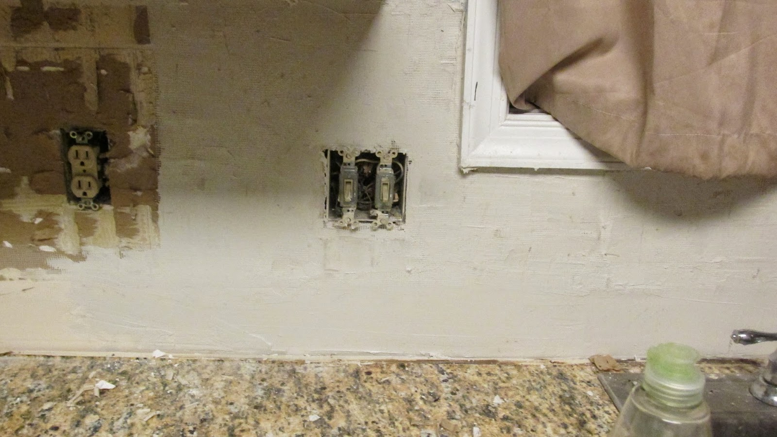 How to remove backsplash tiles - A Second Coat May Be Required Of Compound