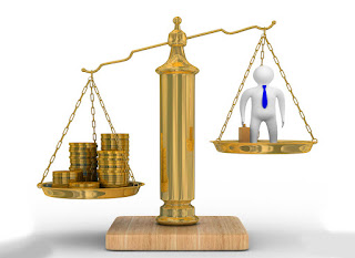 Деньги как эквивалент личности или личность эквивалент денег?