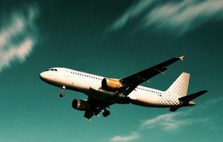 La guia Skyscanner Tamaño y peso equipaje de mano