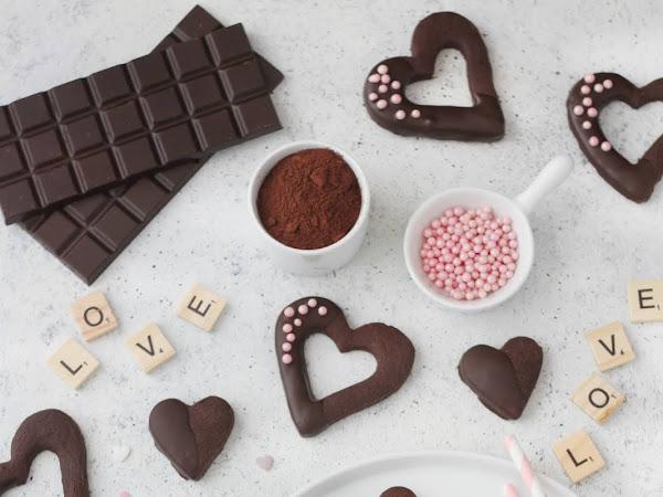 Sablé di San Valentino al cioccolato fondente