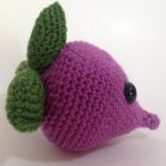 http://www.craftsy.com/pattern/crocheting/toy/beetsy---the-adorable-beet/127358?rceId=1448095981522~3tp3cap8