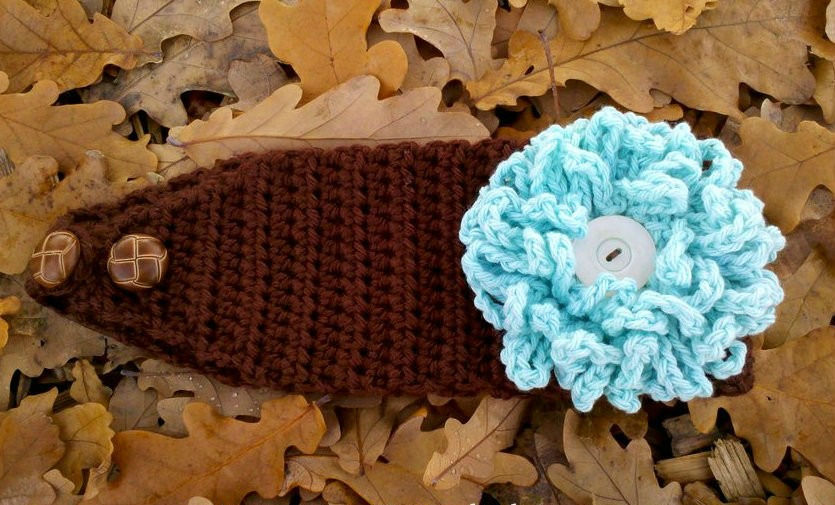 loopy flower crochet headband pattern