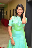 Pooja Jhaveri in Beautiful Green Dress at Kalamandir Foundation 7th anniversary Celebrations ~  Actress Galleries 090.JPG