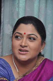 Kushboo in silk saree stills (8).jpg