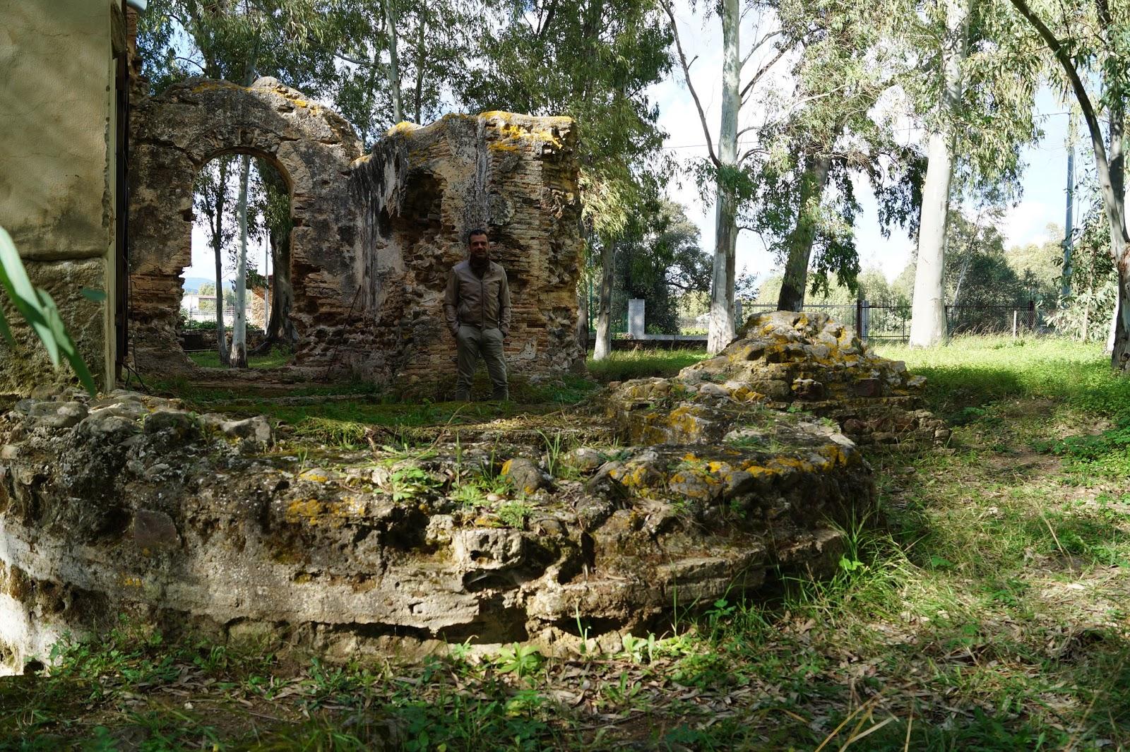 Archeolbia guida turistica olbia archeologia della for Finestra termale