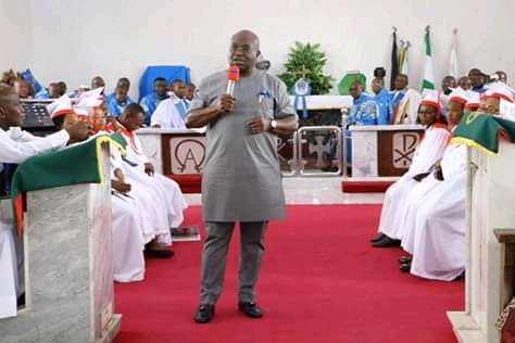 Visit project sites before faulting government, @GovernorIkpeazu cautions.