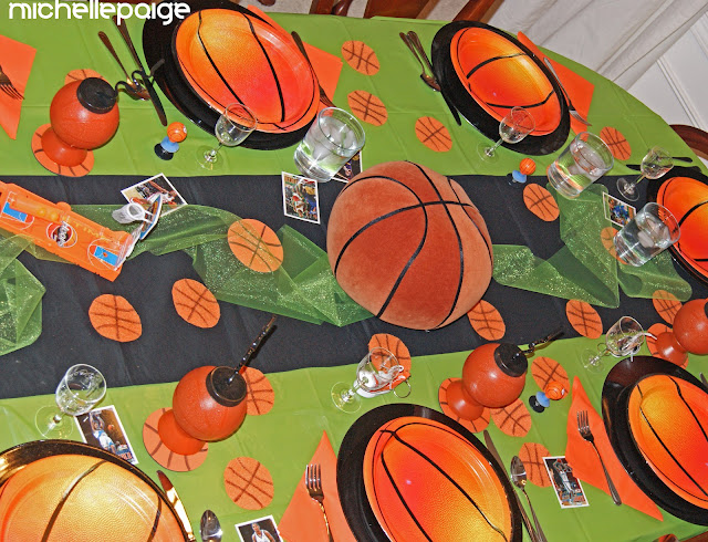Basketball Party Table decor.