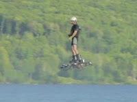Hoverboard Catatkan Rekor Baru Dunia