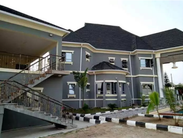 taye currency mansion ibadan