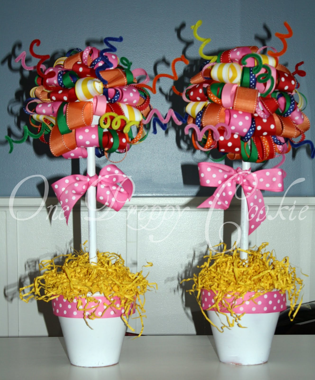 One Preppy Cookie: TUTORIAL: How To Make A Ribbon Topiary