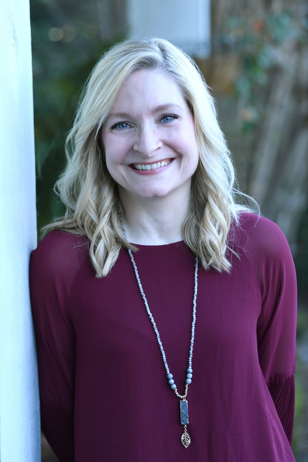 Ginger Rue is the author of the Aleca Zamm series from Aladdin and the Tig  Ripley series from Sleeping Bear Press, as well as the novels Brand-New  Emily and ...