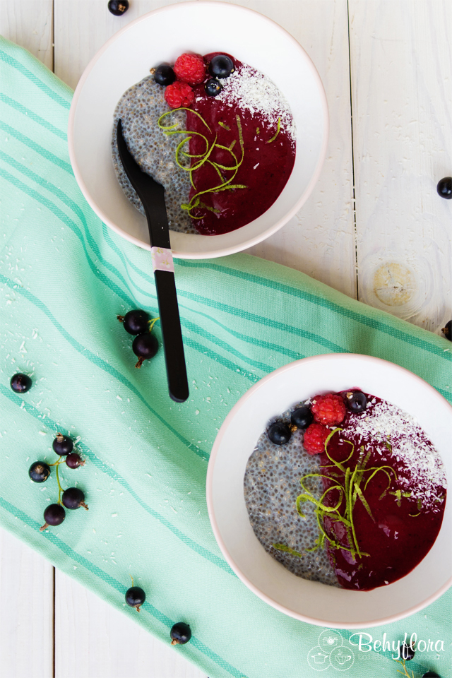 Smoothiebowl mit Chia - Foodstyling