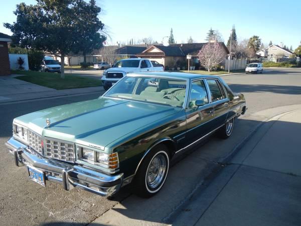 Daily Turismo: 10k: Green Machine: 1977 Pontiac Bonneville