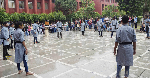 Nukkar-Natak-to-create-awareness-on-malaria-ymca-university-faridabad