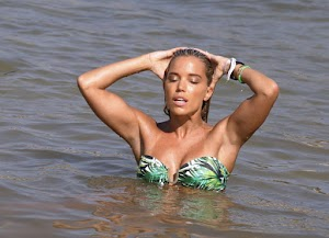 Celebrity in bikini: Sylvie Meis Photo shoot at a Beach