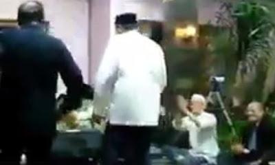 Heboh! Beredar Video Quraish Shihab dan Alwi Shihab Menari Diiringi Musik