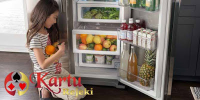 Anda Jangan Pernah Menyimpan 7 Makanan Ini Di Dalam Kulkas