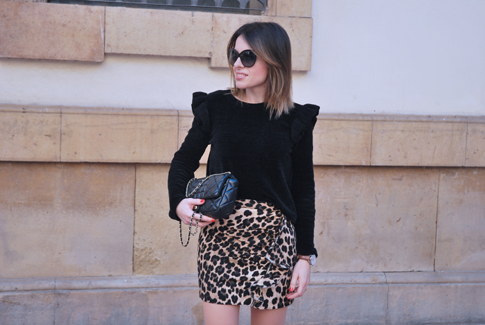 leo-skirt