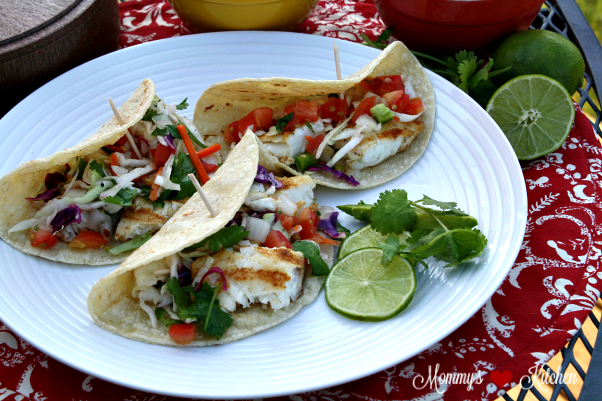 Easy grilled fish tacos mommy 39 s kitchen bloglovin for Flounder fish tacos