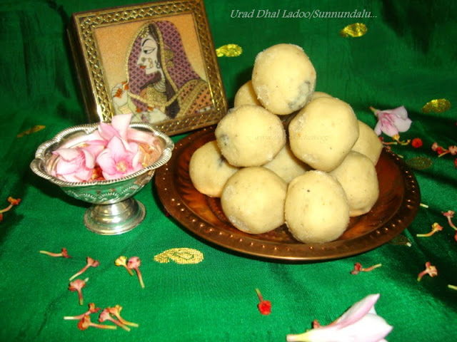 images of Sunnundalu / Urad Dal Ladoo / Urad Dal Laddu / Ladoo recipes