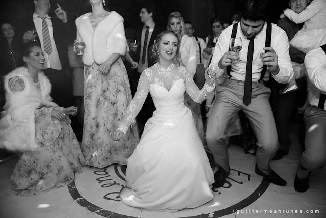 casamento real, eloiza e renato, pista de dança, adesivo de pista, noiva dançando, noivos dançando