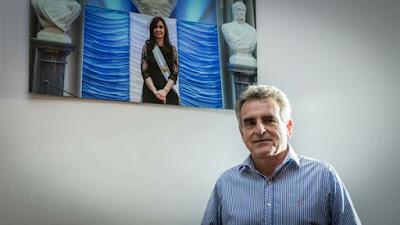 El bloque Frente para la Victoria-Partido Justicialista (FPV-PJ), encabezado por el diputado nacional Agustín Rossi, presentó un proyecto para retrotraer los tarifazos a diciembre pasado y suspender todo tipo de aumentos durante el 2018