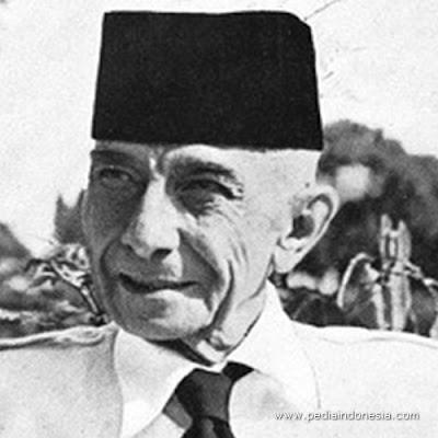 Ernest Douwes Dekker Pahlawan dari Provinsi Jawa Timur