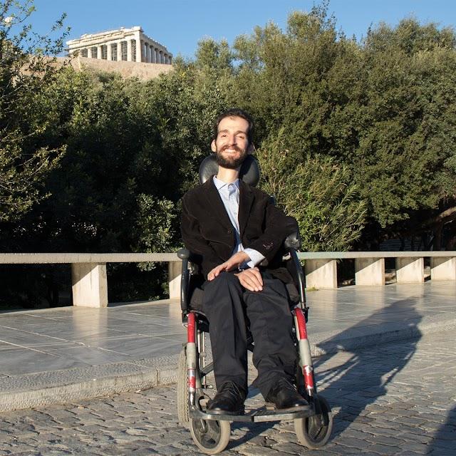 Ο Στέλλιος Κυμπουρόπουλος απαντάει με twitt στην επίθεση Πολάκη