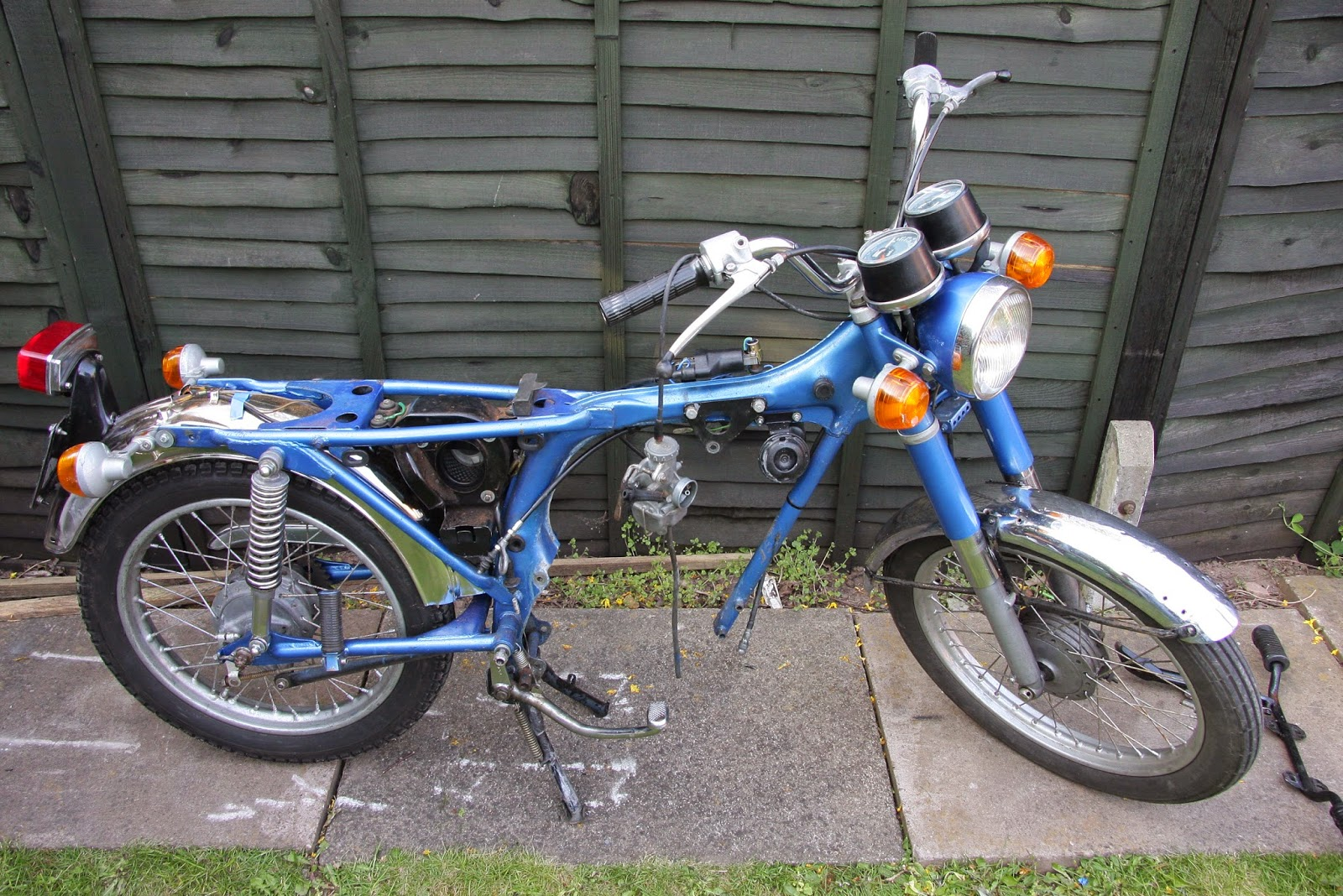 Honda Cb 125 Restoration Cb125s Engine Removal Chilton Electrical Wiring Diagram See Cb125 Engines For Sale In The Uk Here