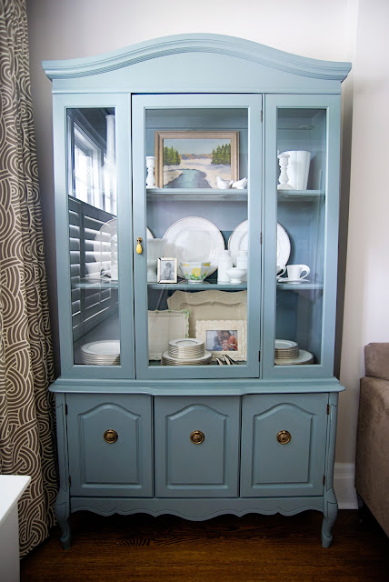 Rambling Renovators | living room painted hutch