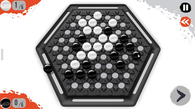 Screenshot of Abalone digital board game