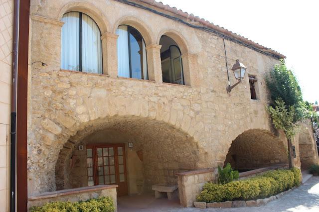 Pueblo medieval de Bajo Ampurdán. Gerona