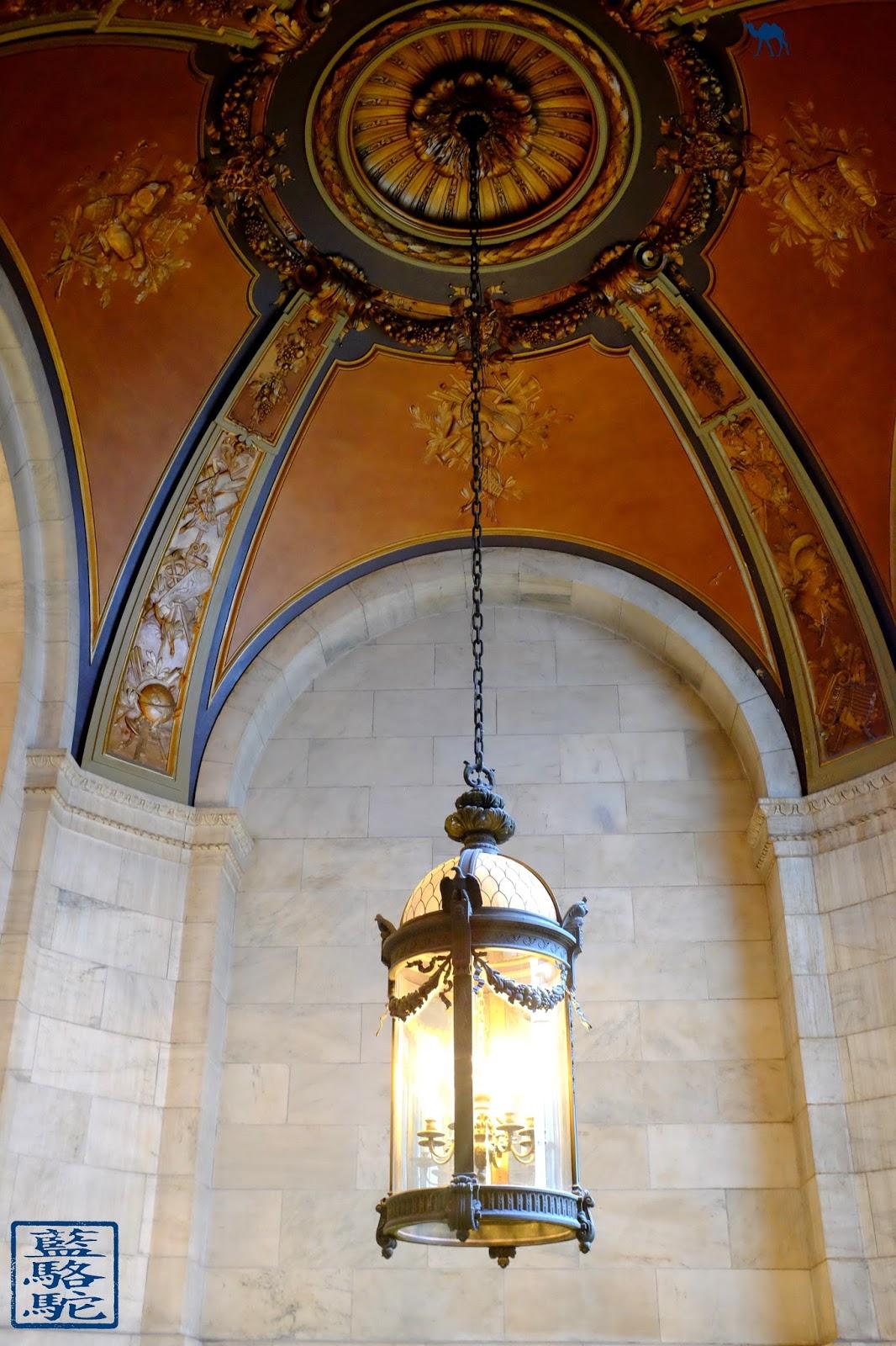 Le Chameau Bleu - NYPL - Lampe