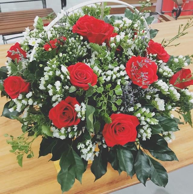Hình ảnh giỏ hoa, Lẵng hoa hồng Valentine 14-2 tặng bạn gái
