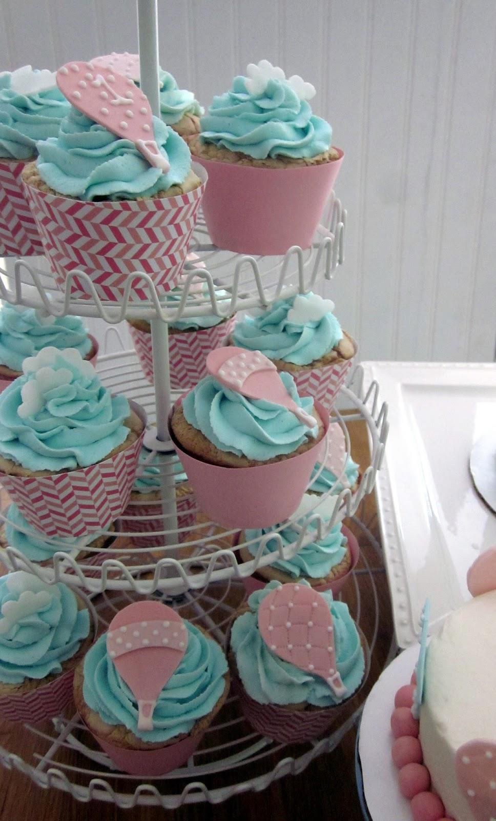 Darlin Designs Hot Air Balloon Cake And Cupcakes