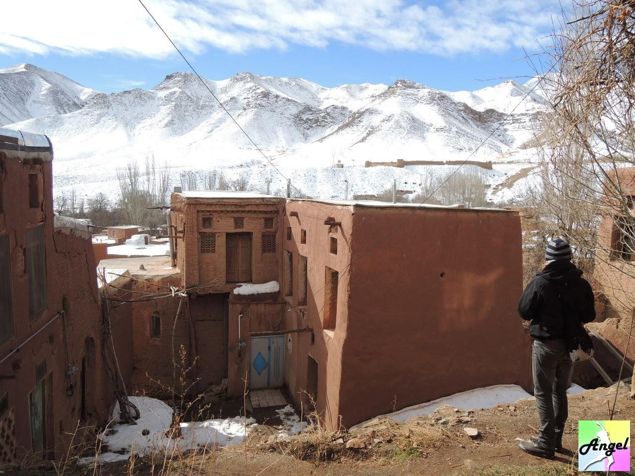 abyaneh kashan mountain iran