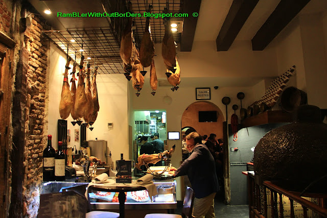 La Mi Venta restaurant, Madrid, Spain