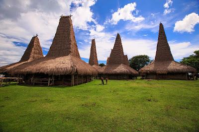 Inilah 3 Desa Paling Unik Di Indonesia Yang Wajib Anda Kunjungi