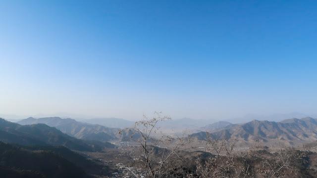 pemandangan dari tembok china