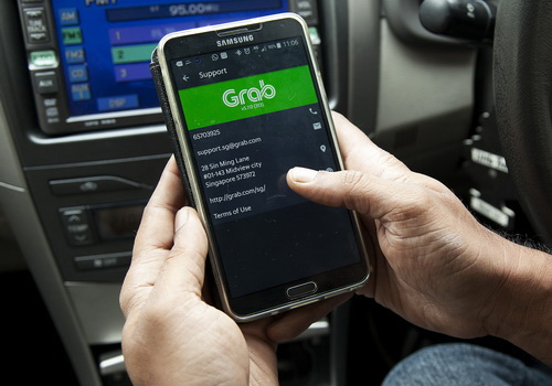 Tinuku Toyota joins $2.5 billion into Grab in latest fundraising