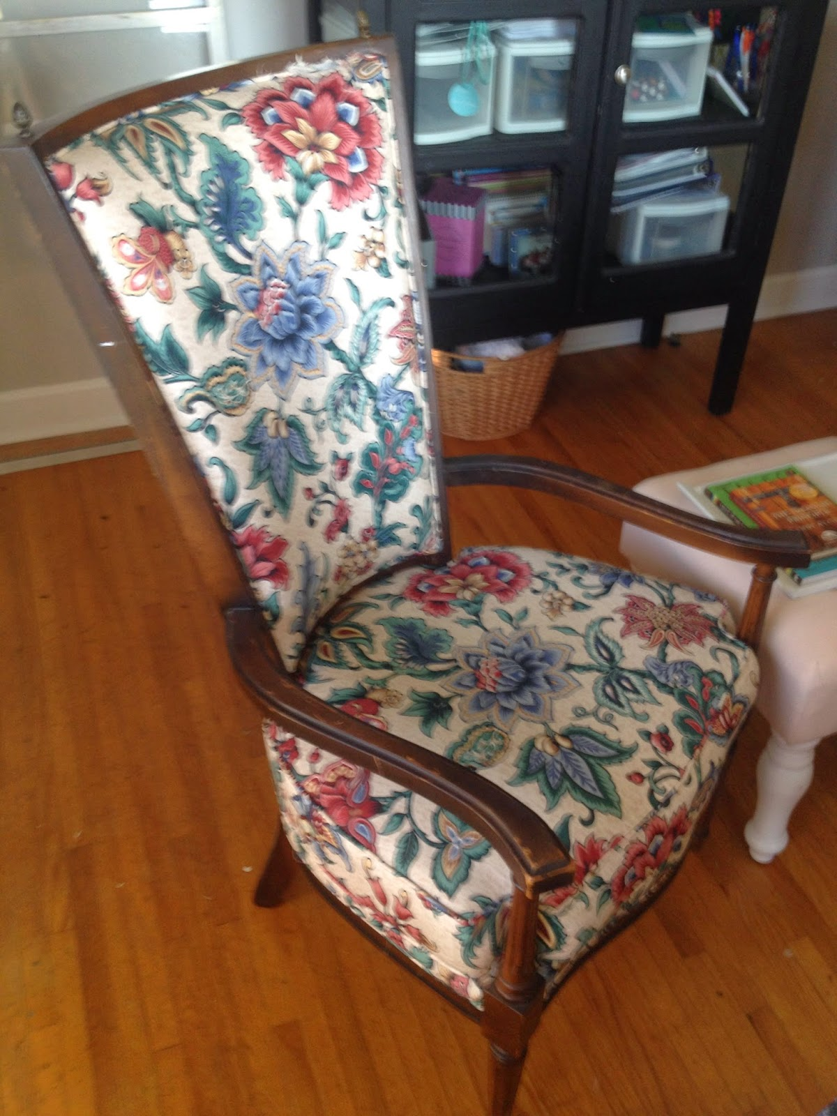 Blissfully Chic DIY: The Painted Chairs (Painting Over Fabric