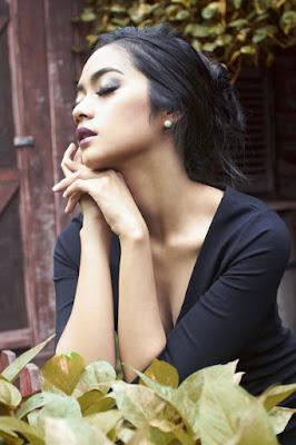 Siapa nama artis cantik yang juga seksi manis selalu indah Ayudiya Bing Slamet