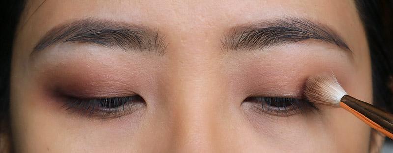 simple Kat Von D MetalMatte Eyeshadow Tutorial for beginners